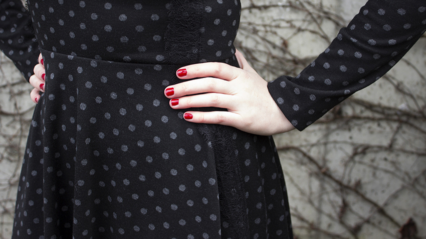 Anthropologie polka dot dress and essie red nail polish1