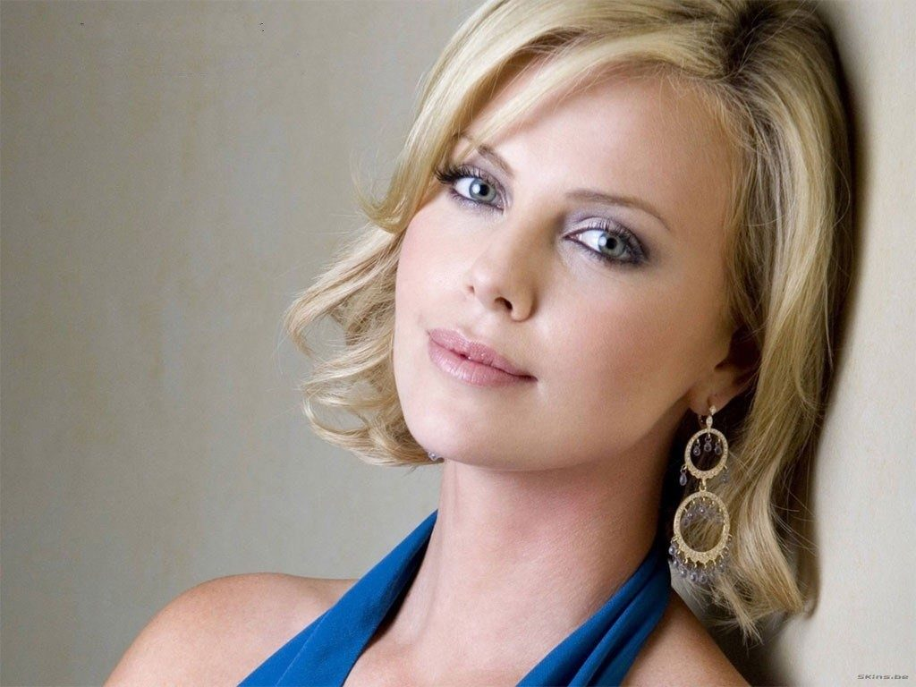 Sexy Eyes Charlize Theron