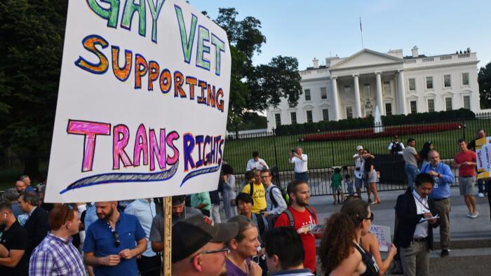 la na pol trump transgender 20170726