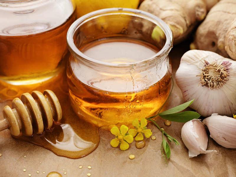 mixture of garlic and honey